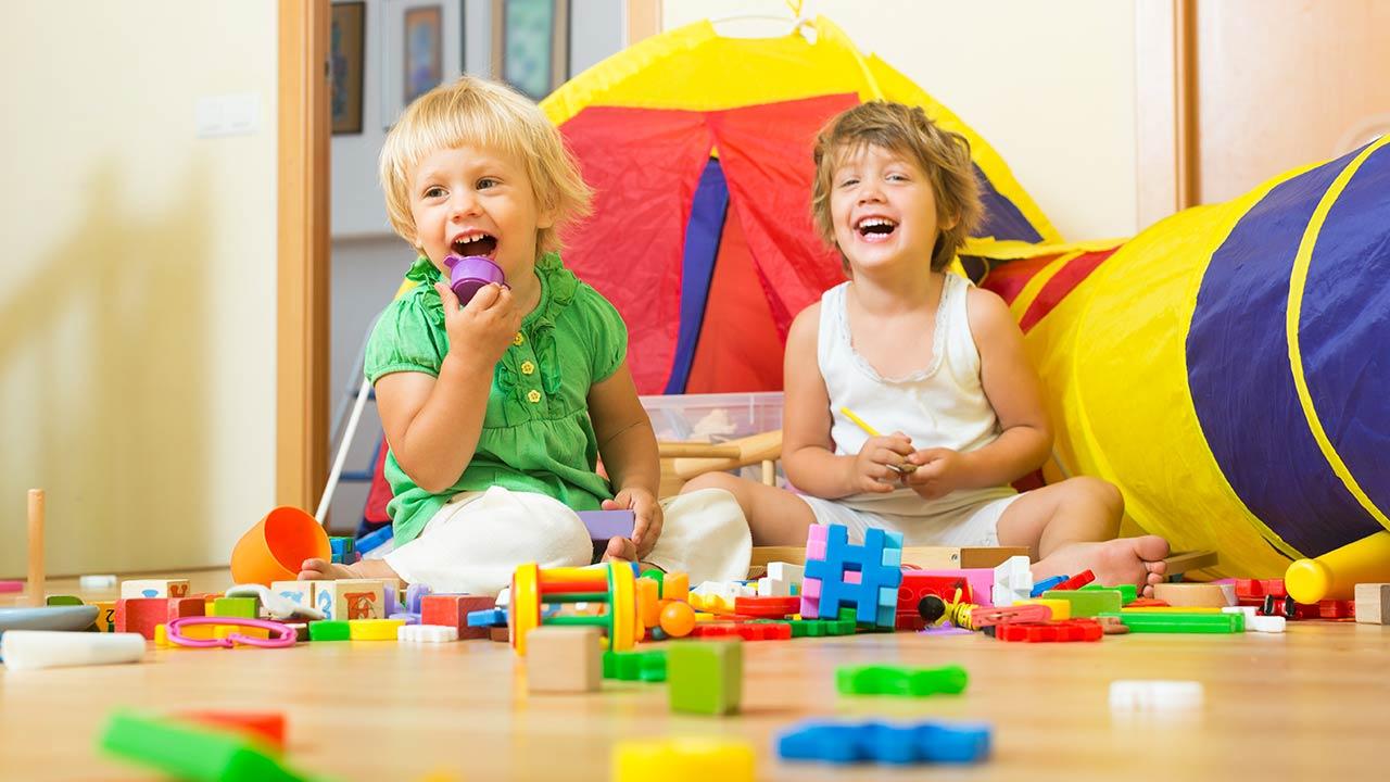 A brincadeira e os brinquedos facilitam o aprendizado!