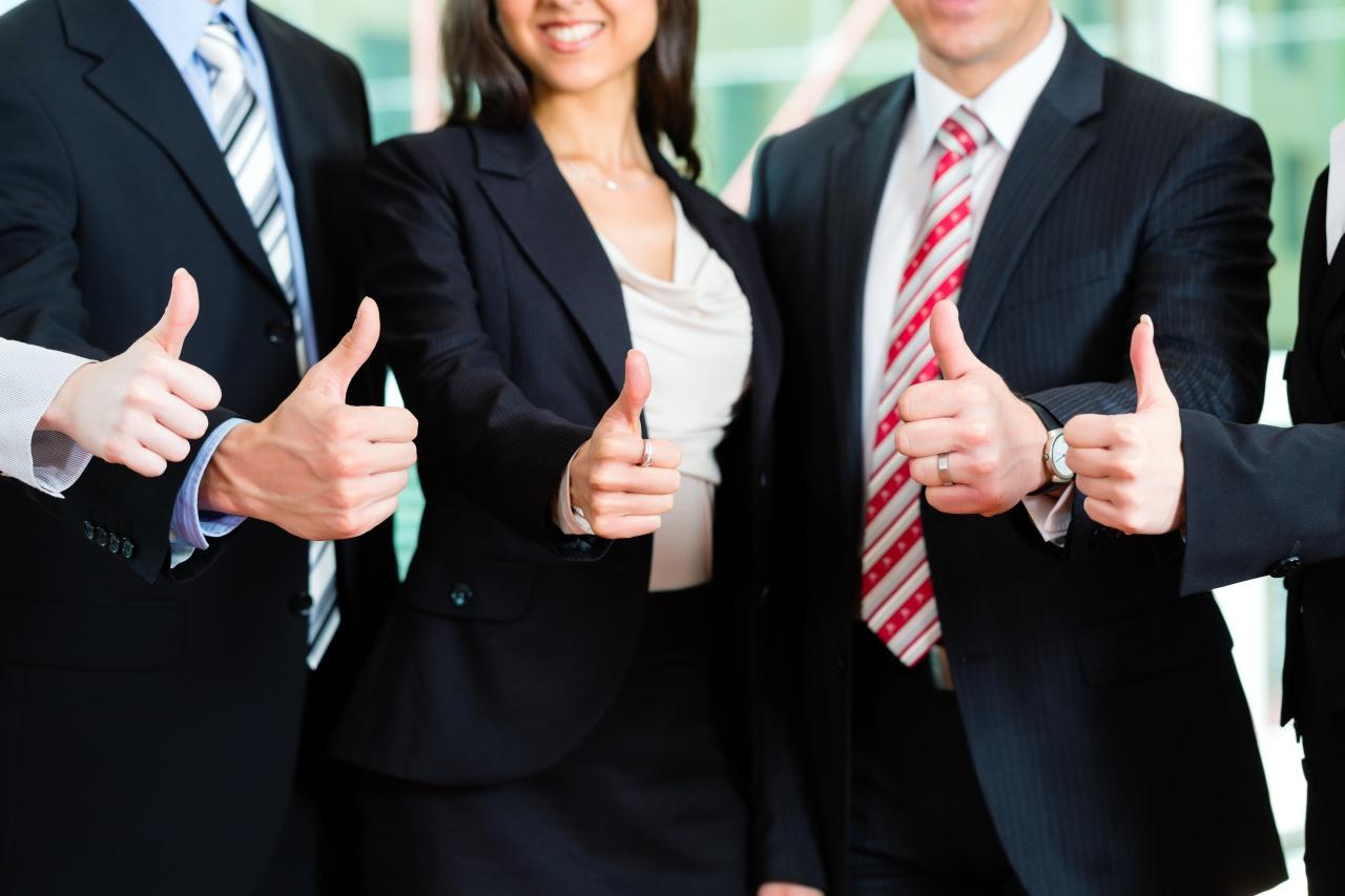 União de concorrentes: bom ou ruim para quem tem loja de papelaria?